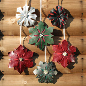 Photo: Fabric Decorations & Brooches